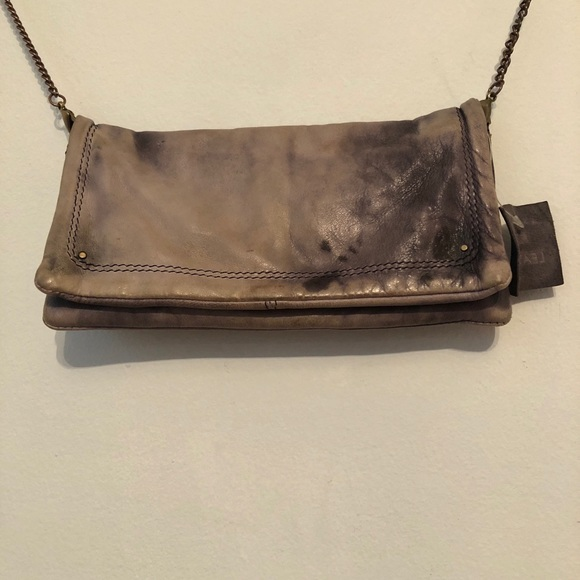 7da6f6950840 Urban outfitters small grey crossbody bag!